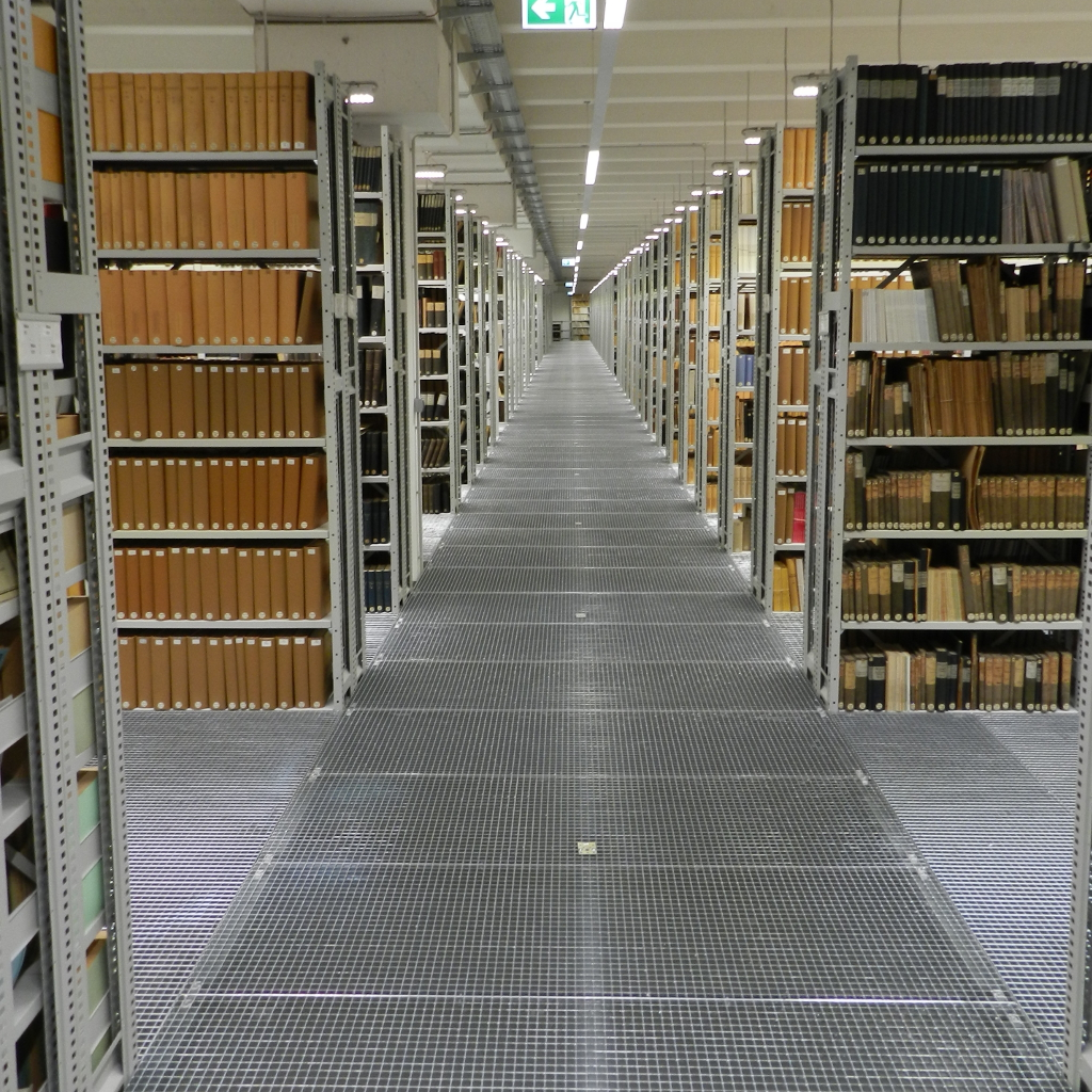 Multi-storey shelving systems